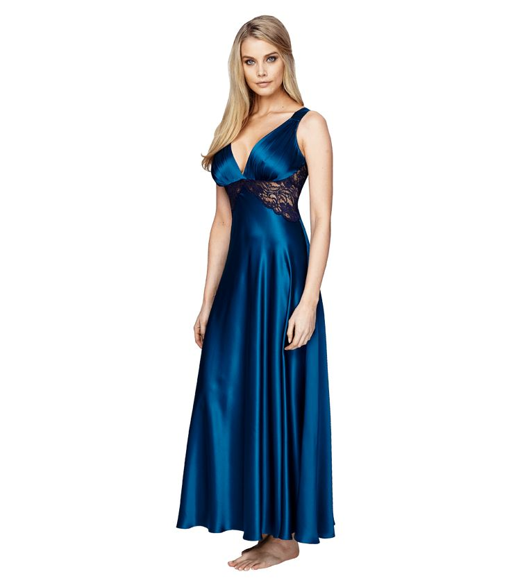 Glamour Gown - Soooo sexy! We can't imagine you'll be getting much sleep in this #Christine gown. #LesBoudoirs