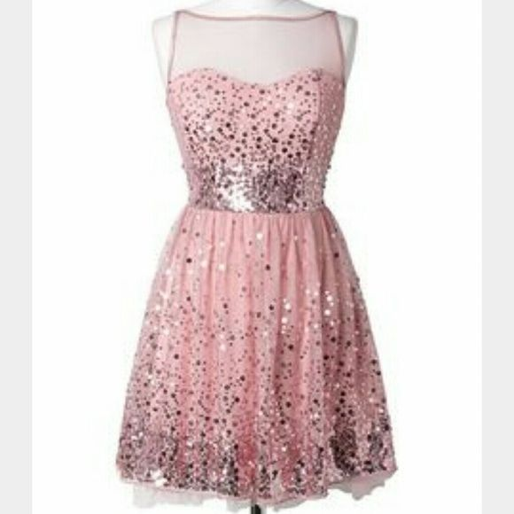 homecoming or prom dress! Beautiful dusty rose color dress with sequins all over it. size 9/10 from delias Dresses Mini