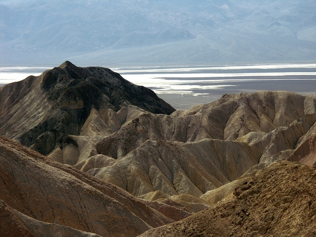 Death Valley - looks like an amazing place.: Death Valley, Favorite Places, Beautiful Places, Natural Splendor, Amazing Places, Valley Defianc, I'M