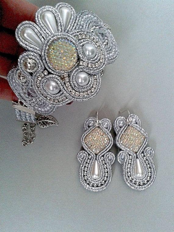 Set of Soutache. Bracelet and earrings.