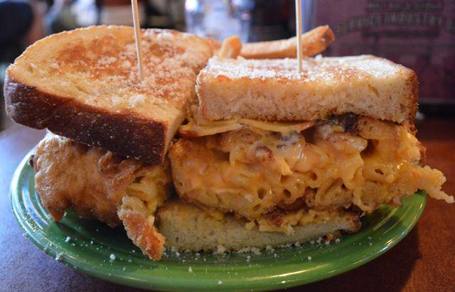 Melt, Cleveland Ohio - Mighty Macaroni with smoked gouda