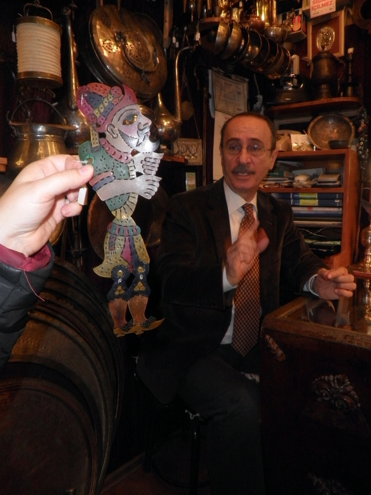 An expert on karagoz (Turkish shadow puppets) shares his expertise.
