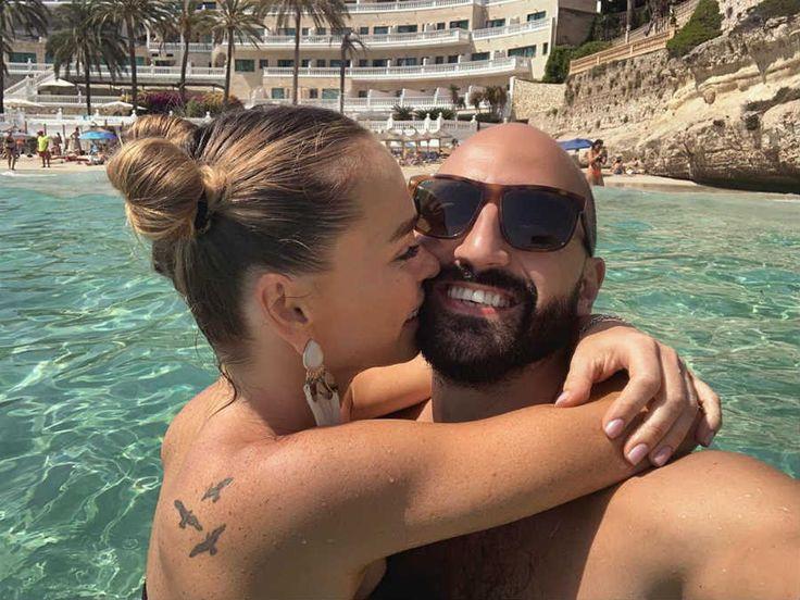 Анна Хилькевич с мужем оставили детей и уехали целоваться ...
