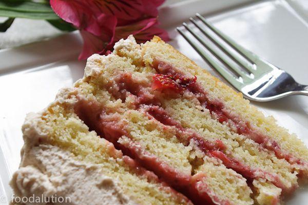 Strawberry Lemonade Cake