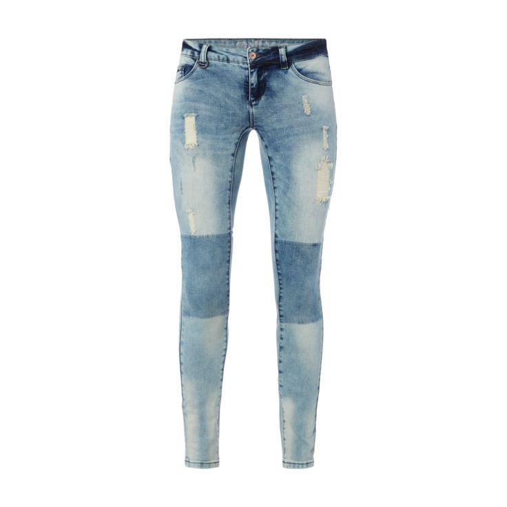 ONLY Skinny Jeans im Destroyed Look für Damen - Damen-5-Pocket-Jeans von Only, Baumwollmischung, Destroyed Look, Skinny Fit, Knopf- und Reißverschluss, Label-Patch, Innenbeinlänge bei Größe 27/30: 72 cm, Bundweite bei Größe 27/30: 70 cm