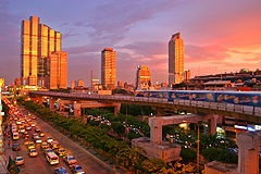 'Golden Hour' ~ The best time to shoot for a photographer!: Bangkokthailand, Cities Of Angel, Photography Lights, Outdoor Photography, Bangkok Thailand, Beaches Resorts, Real Estates, Golden Hour, Bangkok Travel