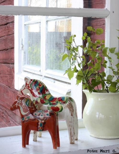 Sweden, Dala Horse Love