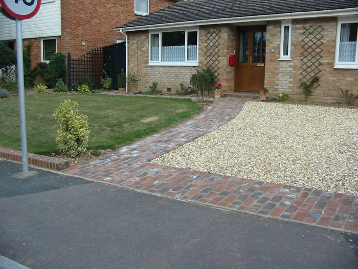 17 best images about driveway front gardens on pinterest for House garden driveway designs