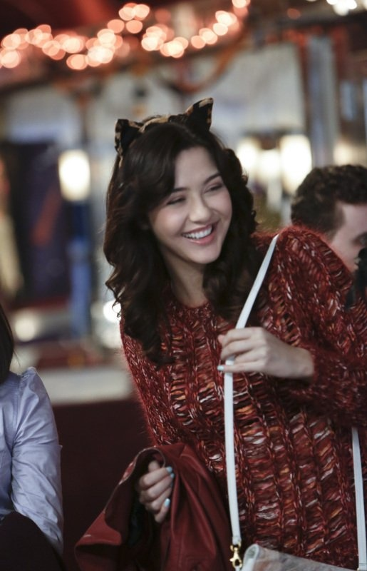 Still of Katie Findlay in The Carrie Diaries