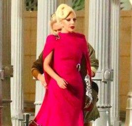 """Veja as fotos e vídeos das gravações de Lady Gagapara a série """"American Horror Story: Hotel"""" #AmericanHorrorStory, #Cantora, #Fotos, #Gaga, #Lady, #LadyGaga, #Série http://popzone.tv/veja-as-fotos-e-videos-das-gravacoes-de-lady-gagapara-a-serie-american-horror-story-hotel/"""