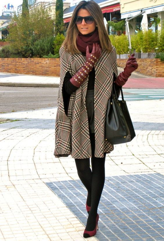 Fall poncho coat with long gloves