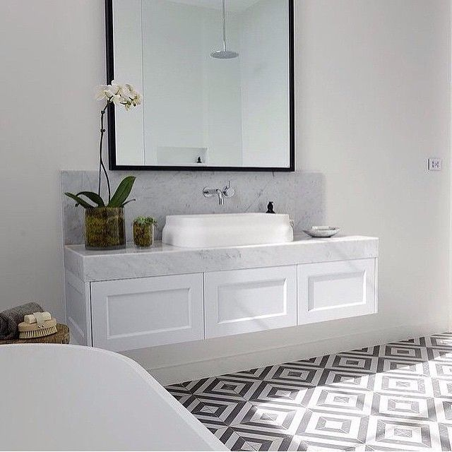 """58 Likes, 5 Comments - Sara Hart Interiors (@sara.hart.interiors) on Instagram: """"Bathroom love right here. I'm obsessed with these tiles and the marble basin. #bathroom #marble…"""""""