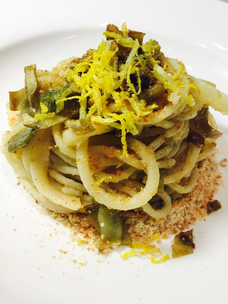 » Spaghettoni con carciofi Acciughe e pangrattato