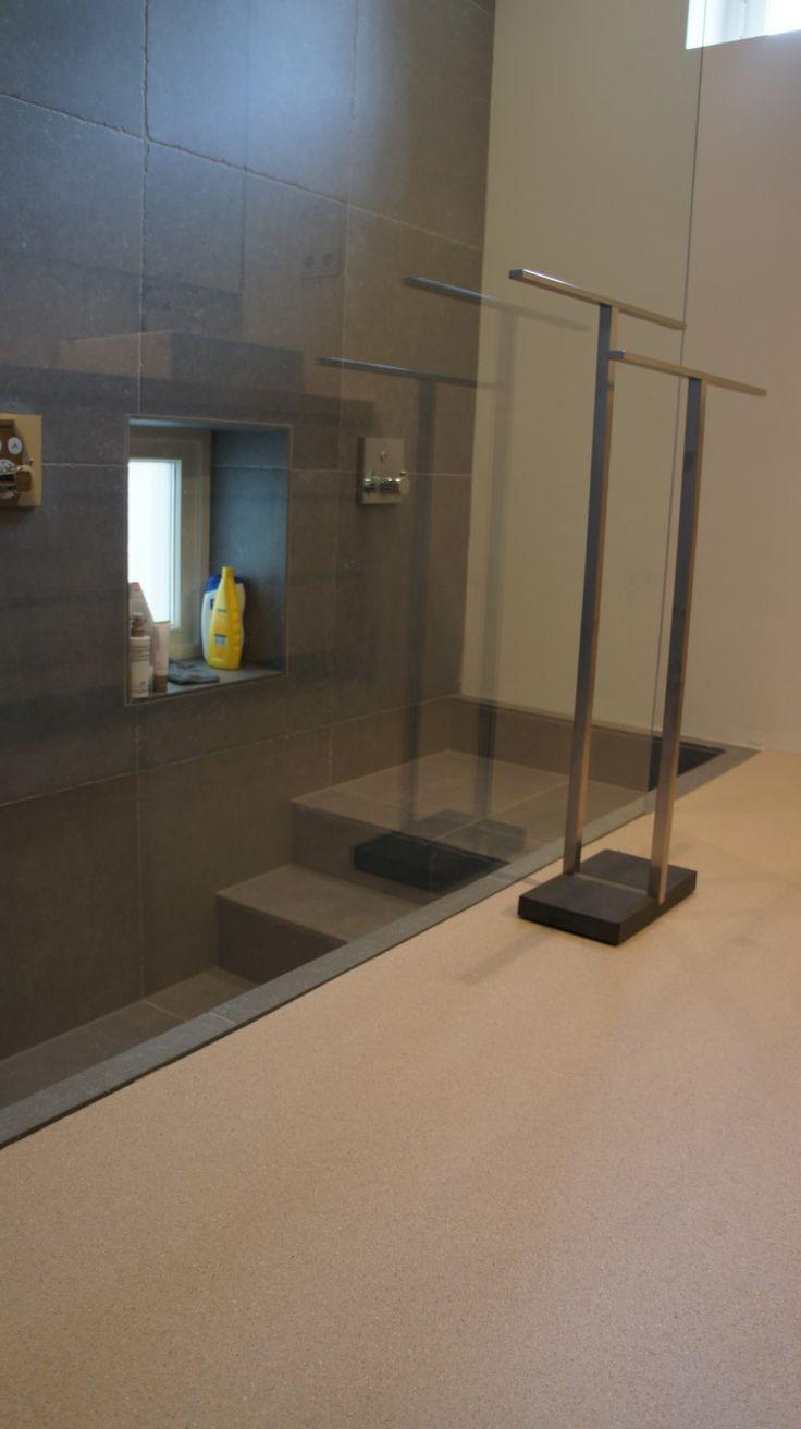 25 best MoreFloors - Semi granito vloer aangebracht in ...