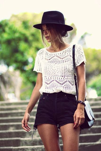 Cute Outfit White Lace Blouse With Black Shorts And Shoulder Bag | Fashion Inspiration