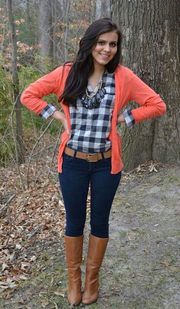 ✌Coral button up sweater with black and white checked blouse, jeans and brown boots
