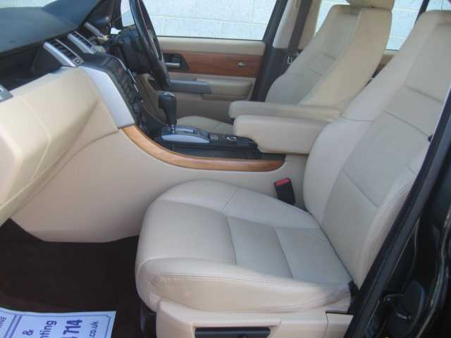 2010 Range Rover Sport 2.7 TDV6 Sport SE Estate in Teal Blue Metallic with Alpaca Beige leather interior. FSH.