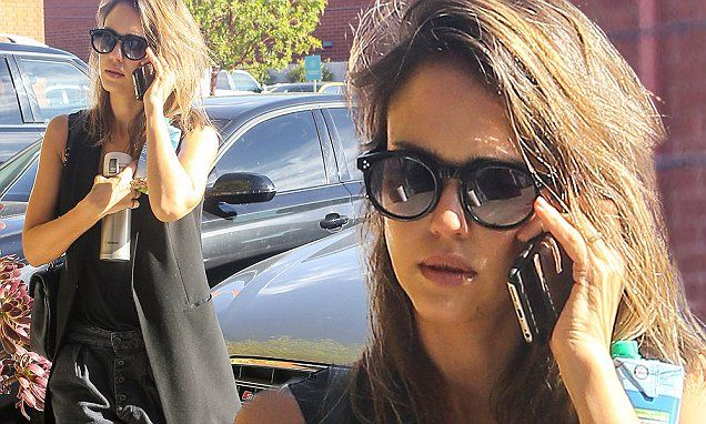 Jessica Alba stops by her Honest offices in stylish ensemble