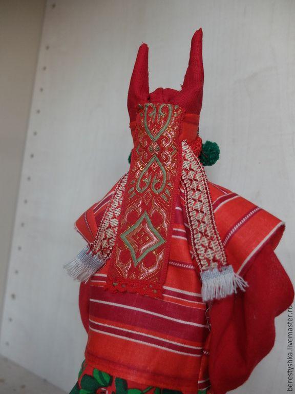 Купить Хозяйка брусничной поляны. авторская кукла - народный костюм, кичка рогатая, кукла в подарок