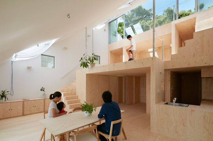 3Novices:Wide sloping roof shelters plywood-filled house in Kobe by Tomohiro…