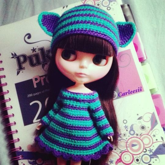 Carleesi - crocheted Cheshire-inspired set: hat + dress