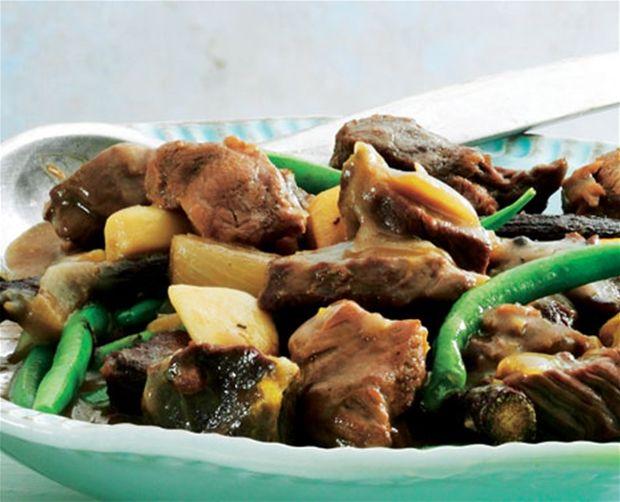 Oksekødsragout med lakrids, anis og mos