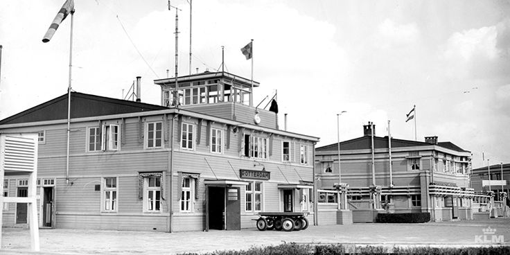 This airfield building was made entirely of wood - Airport Rotterdam Waalhaven NL, 1920's