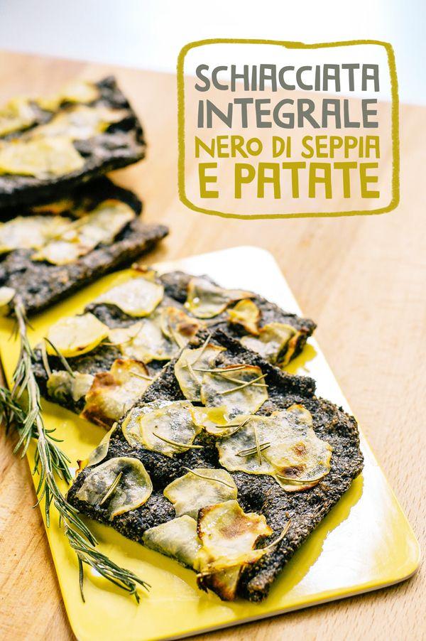 Schiacciata integrale con nero di seppia e patate / Whole wheat focaccia with squid ink and potatoes