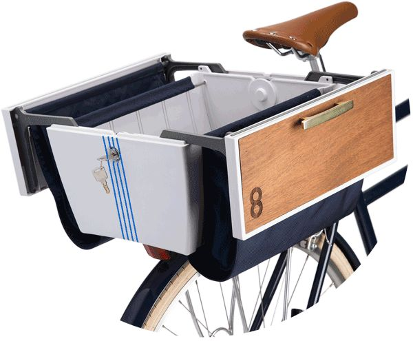 Forget your old bike basket. Buca Boot is the best way to carry things on your bike. Open the Buca Boot to carry big things like groceries. Close and lock it tight to keep smaller stuff safe. Need even more storage? That's what the side panniers are for.