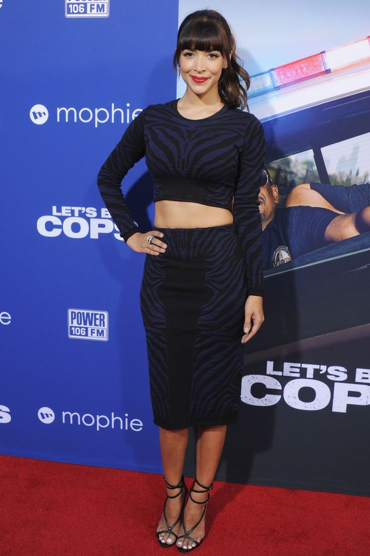 Hannah Simone's co-ord outfit is perfect.