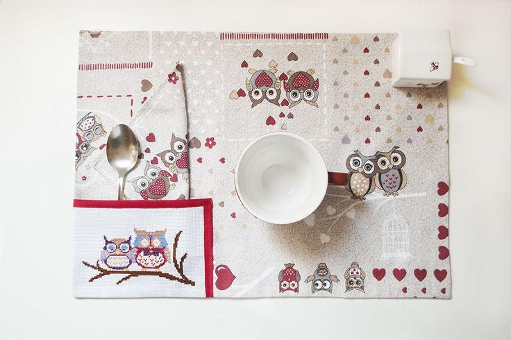 Romantica tovaglietta per la colazione con gufi innamorati : Cucina e servizi da tavola di bright-spot-of-colour