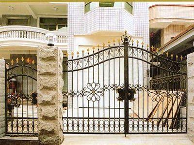 #MilwaukeeWindows Home Gates Design