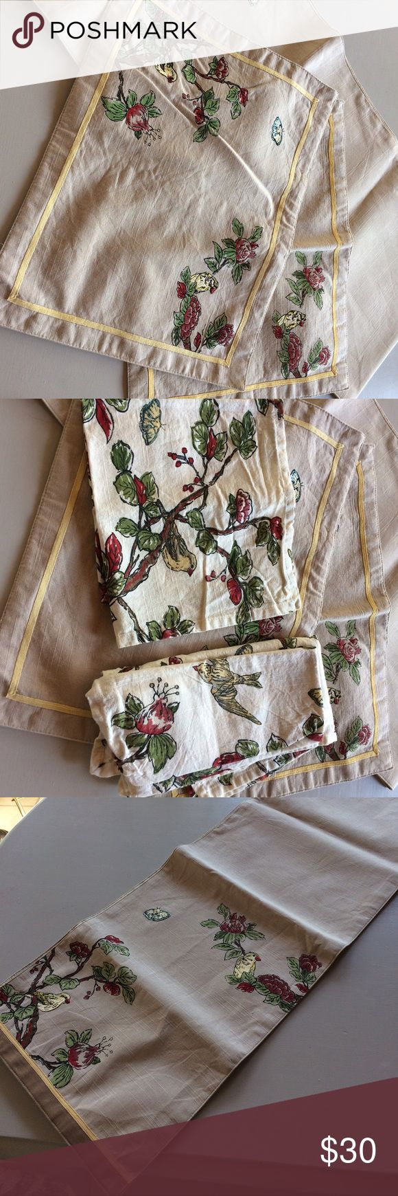 Target Bird Table  Runner, Placemats, Napkins From Target, 2012! Table  Runner