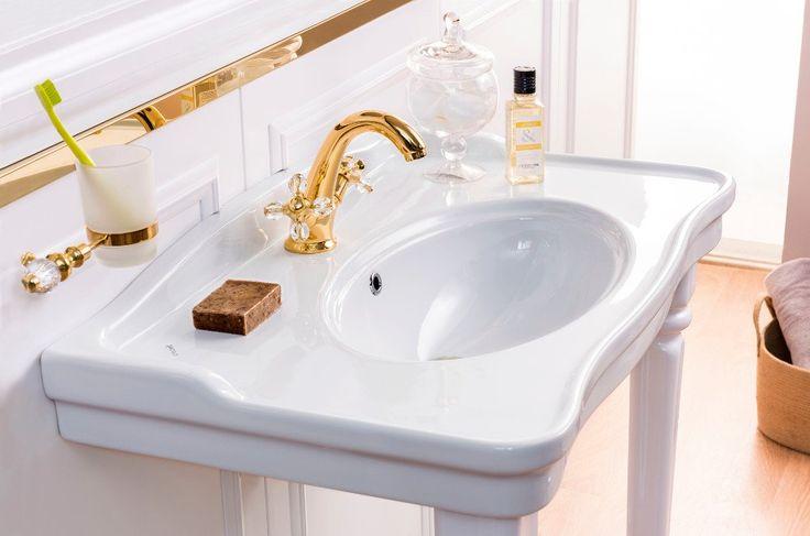 Série sanitární keramiky ANTIK v retro stylu skloubená s velmi elegantními liniemi. Praktická umyvadla s odkladnými plochami pro použití jako nástěnná nebo doplněná podpěrnými  nohami.  Série je doplněna závěsným WC, bidetem nebo WC kombi.