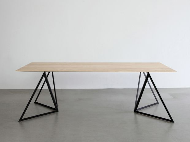 Table legs Steel Stand by Sebastian Scherer by design hunting