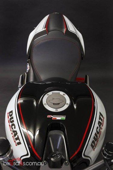 2015 Ducati Monster 1200 S ABS