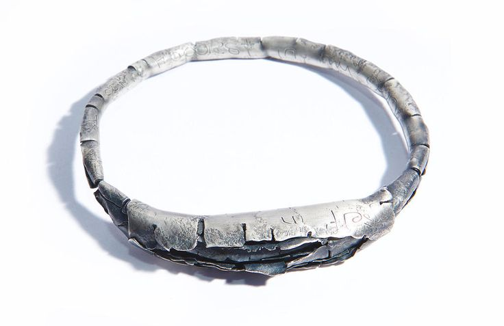 Annie Huang - Sense of Belonging 2015 -  metal, silver-plated oxidised bangle
