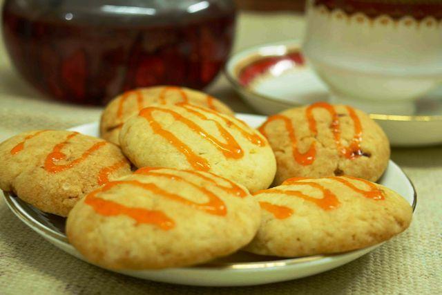 Crispy Eggless Orange Cookies