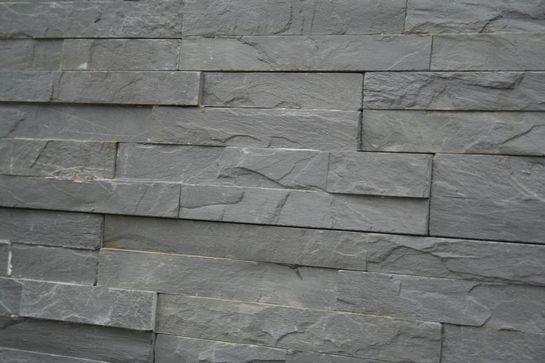 001. Nero - Zwart steenstrips € 28,50/m2