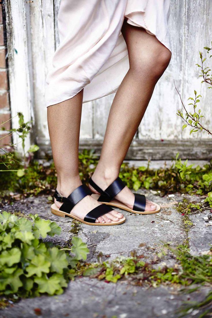 Breezy warm summer days. Lookbook | Seven Boot Lane http://sevenbootlane.com/products/drew-black-leather