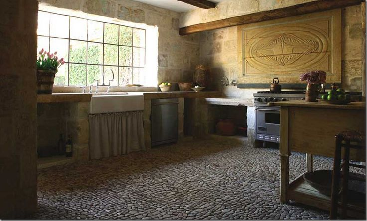Décor de Provence: Chateau Dominque - she has made her kitchen look centuries old!!  I love it!!