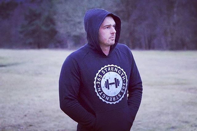 Muscle Fit Hoodie - Unisex  Ideal to train or chill Sizes - M L XL  Muscle Fit Hoodie 2.0 Dropping end of Feb available in black or grey keep eyes peeled  #musclefit #hoodies #team365strength #whentrainingislife #bodybuildinglife #bodybuildingapparel #crossfitapparel #olympicliftingapparel #powerliftingapparel #vikingstrong #menstrainingwear #ladiestrainingwear