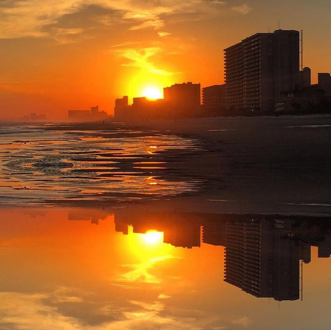 Gorgeous Sunsets Herald The End Of Daylight And Beginning Nightlife Filled With Excitement North Myrtle Beach South