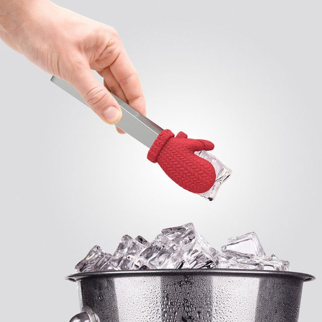 """Cold Fingers"" Mitten Ice Tongs"