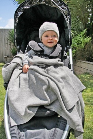 Babu Pure merino wool buggy / bassinet blanket is super versatile for out and about warmth or snuggled up at home. www.eggmaternity.com