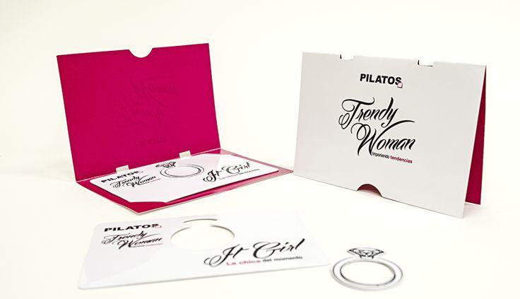 "Tarjeta Pilatos  ""Trendy woman"". Pieza producida por PAPELCARD S.A.S"