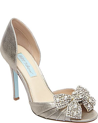 I would have totally worn these as wedding shoes. love the rhinestone bow