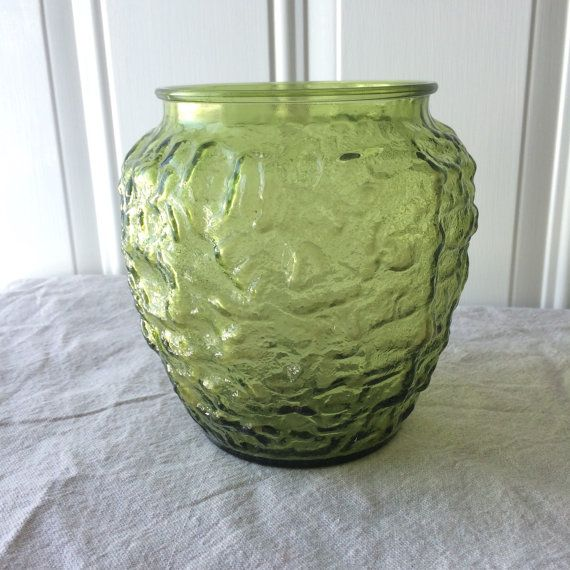 Vintage Olive Green Glass Textured Vase By Somethingcolorful Vintage Pinterest Glass Texture