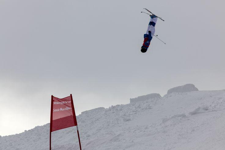 Coupe d'Europe de Ski de bosses. Défier les lois de l'apesanteur.