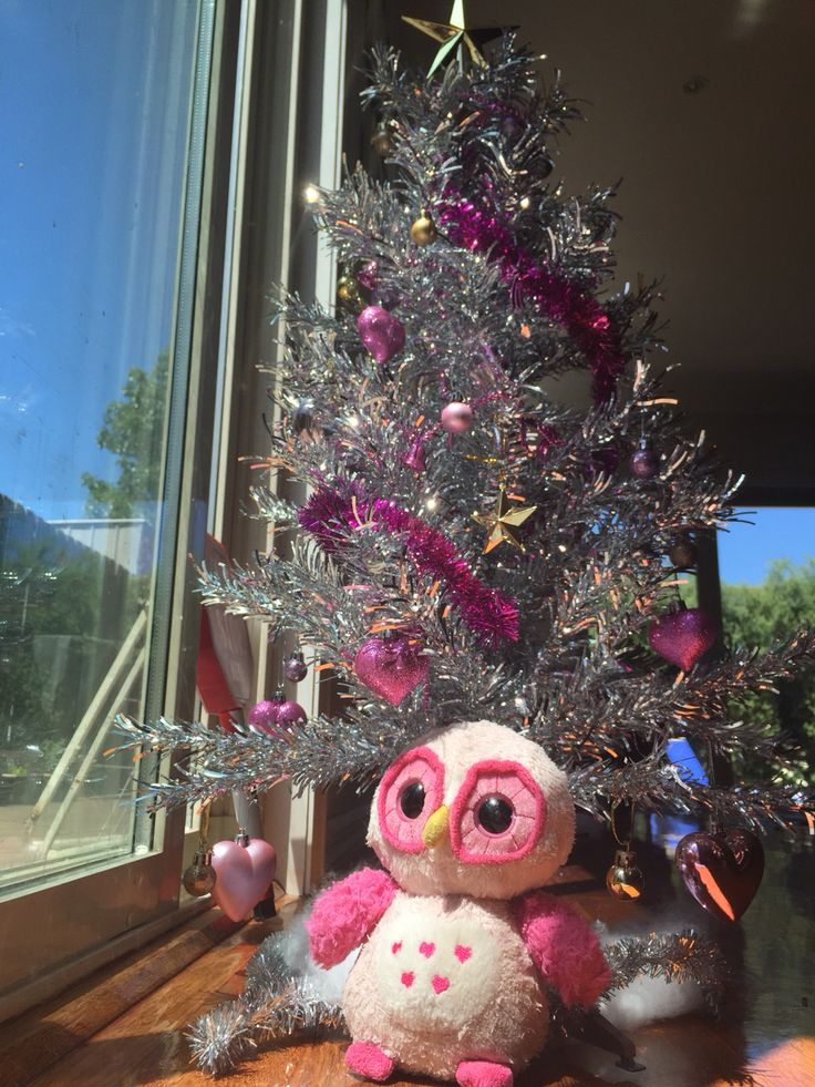 Getting ready for #christmas in #australia with our #pink #christmas #tree styled by our 6yo...
